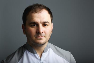 Ханалиев Махмуд Ахмедович - стоматолог ортопед, хирург, терапевт